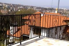 Кован парапет за тераса8009