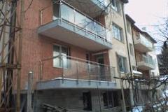 Парапети от метал и стъкло за балкон 8041